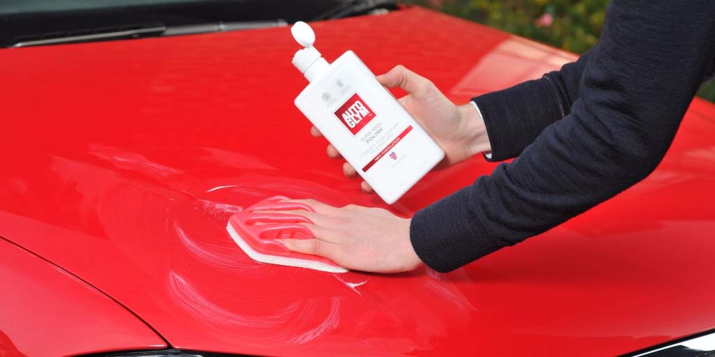 Polish car for car detailing
