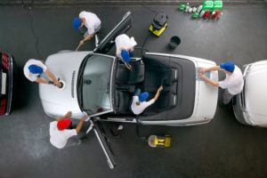 Car-Cleaning-at-Right-Place
