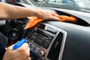 Dust-cleaning-from-car