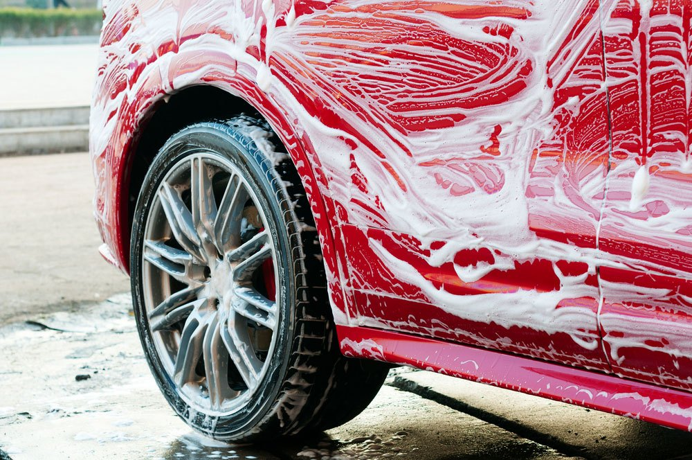 Pro-Tips-on-Hand-Car-Washing